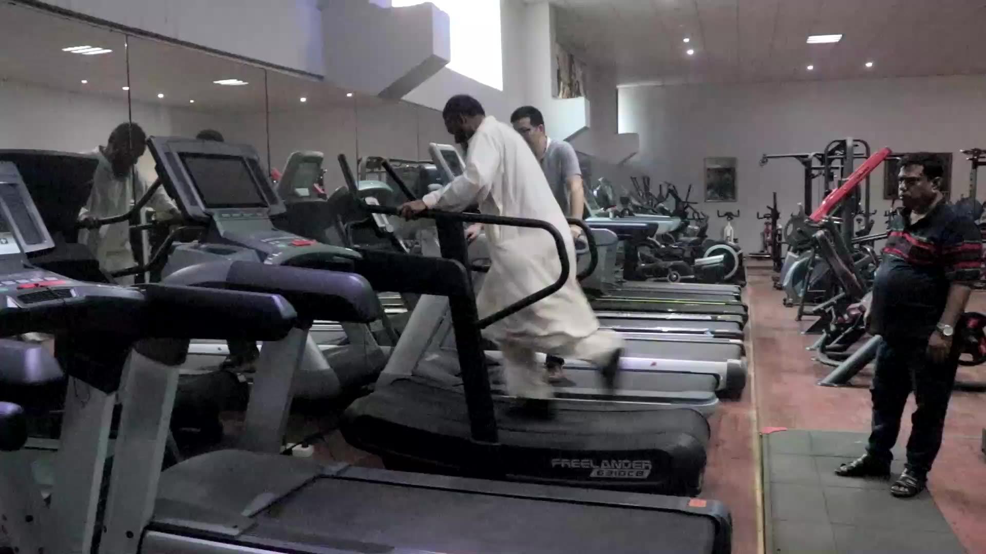 LJ-6310 Curved treadmill